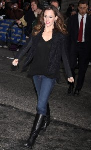 Jennifer Garner spotted arriving to the studio of the Late Show with David Letterman on February 10th 2010 in New York 4