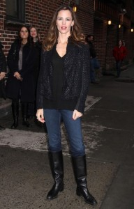 Jennifer Garner spotted arriving to the studio of the Late Show with David Letterman on February 10th 2010 in New York 3