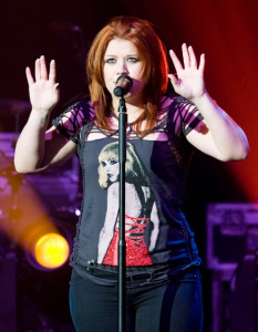 Kelly Clarkson picture while singing live on stage at the O2 Academy concert on February 11th 2010 in Glasgow Liverpool 7