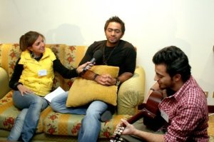 Basel Khoury picture with egyptian singer Tamer Hosni 4