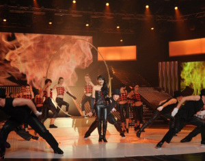 Star Academy season seven first prime picture of Rahma from Iraq on stage