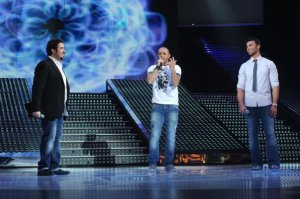 LBC Star Acdemy seven photo of the second prime on February 26th 2010 with the guest singer Ahmed Sherif from Tunis on stage singing with Mohamad Ali from Egypt and Abdul Aziz from Kuwait