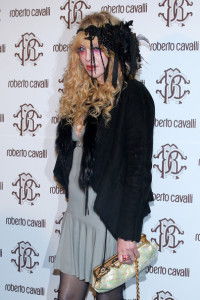 Courtney Love attends the Roberto Cavalli Autumn Winter fashion show on February 28th 2010 in Milan 1