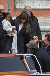 Angelina Jolie and Brad Pitt picture as they were leaving their apartment with their children on February 28th 2010 in Venice 5