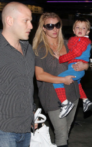 Britney Spears was spotted taking her kids to the movie theater on March 1st 2010 in Calabasas California 4