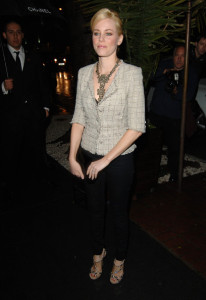 Elizabeth Banks arrives at the Chanel And Charles Finch Pre Oscar Party Celebrating Fashion And Film at Madeo Restaurant on March 6th 2010 in Los Angeles 3