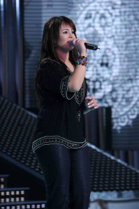 star academy fouth prime on March 12th 2010 picture of Badryia Al Sayyed from Marocco singing on stage
