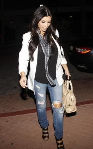 Kim Kardashian spotted out and about on the night of March 22nd 2010 in Miami Florida 4