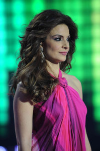 picture of the Fifth Prime of star academy on March 19th 2010 with Hilda Khalife on stage