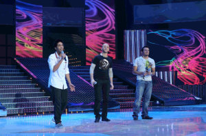 picture of the Fifth Prime of star academy on March 19th 2010 with the three nominees Haitham from Saudi Arabia and Basel Khoury from Jordan and Mahdi Bahmed from Algeria