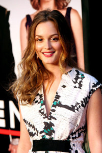 Leighton Meester attends the Date Night premiere on april 6th 2010 at the Ziegfeld Theatre in New York 3