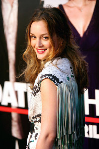 Leighton Meester attends the Date Night premiere on april 6th 2010 at the Ziegfeld Theatre in New York 1