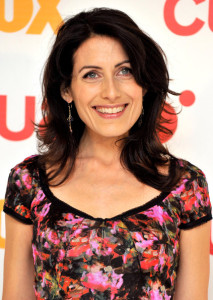 Lisa Edelstein attends Dr House promotional photocall at the Villamagna Hotel on April 15th 2010 in Madrid Spain 5