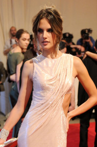 Alessandra Ambrosio attends the Costume Institute Gala Benefit of the American Woman Fashioning a National Identity exhibition on May 3rd 2010 at The Metropolitan Museum 6