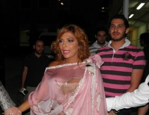 backstage picture of Asala Nasri at the pre final prime on May 18th 2010 in staracademy building 4