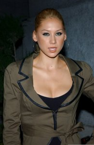 Anna Kournikova  picture at the Adidas Y3 Spring Summer 2006 collection 2
