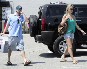 Bar Refaeli and Leonardo DiCaprio spotted together on June 1st 2010 as they went shopping at Fred Segal in Hollywood 3
