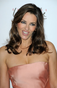 Elizabeth Hurley attends the Evelyne H Lauder photo Exhibition at Galeries Lafayette on June 1st 2010 in Paris France 7