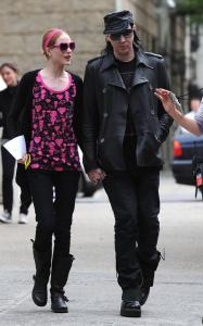 Marilyn Manson visits Evan Rachel Wood on the filming set of Mildred Pierce on May 28th 2010 in New York City 3