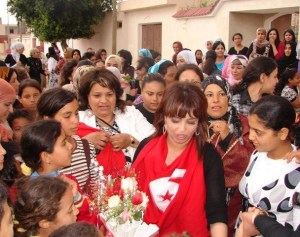picture of star academy student badria Al Sayed from Yunis as she reaches home at the airport 12
