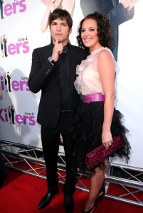 Ashton Kutcher and Katherine Heigl arrive at the Killers premiere held on June 1st 2010 at ArcLight Cinemas Cinerama Dome in Hollywood 2