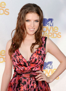 Anna Kendrick arrives at the 2010 MTV Movie Awards held at the Gibson Amphitheatre on June 6th 2010 at Universal Studios in California 2