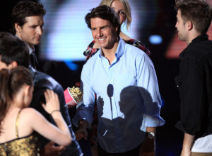 Tom Cruise and Cameron Diaz attend the 2010 MTV Movie Awards held at the Gibson Amphitheatre on June 6th 2010 at Universal Studios in California 6