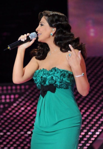 pictrure of the Star Academy 7 prime 16th finale during the performance of singer Elissa on stage 4