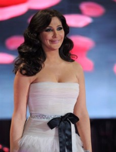 pictrure of the Star Academy 7 prime 16th finale during the performance of singer Elissa on stage 7