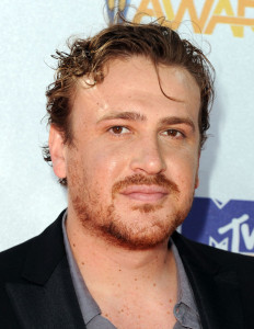 Jason Segel arrives at the 2010 MTV Movie Awards held at the Gibson Amphitheatre on June 6th 2010 at Universal Studios in California 1