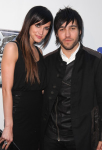 Pete Wentz and his wife Ashlee Simpson arrive to St Judes 30th anniversary of The Empire Strikes Back at Arclight Cinema on May 19th 2010 in Los Angeles 3