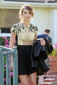 Jessica Alba spotted on June 11th 2010 as she left her house and headed off to an event 4