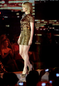 Heidi Klum at the PRO7 TV show Germanys Next Topmodel Final at the Lanxess Arena on June 10th 2010 in Cologne Germany 4