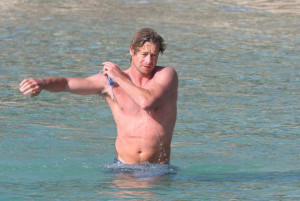 Simon Baker spotted on Jine 10th 2010 as he was swimming at the Saint Jean Cap Ferrat beach 6