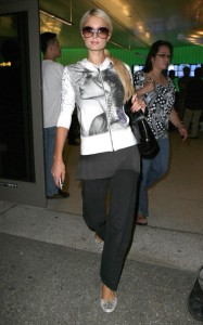 Paris Hilton seen on june 12th 2010 arriving at LAX on a flight from Brazil in Los Angeles 3
