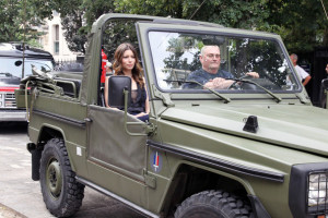 Jessica Biel spotted on June 14th 2010 as she arrives in an offroad army utility vehicle to promote her new film in Paris 6