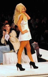 Paris Hilton attends the Sao Paulo Fashion Week on June 10th 2010 in Brazil 4