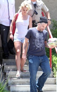 Britney Spears and her boyfriend Jason Trawick seen on June 19th 2010 in Calabasas 4
