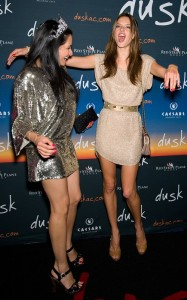 Alessandra Ambrosio arrives at  Dusks one year anniversary party in Atlantic City on June 19th 2010 in New Jersey 5