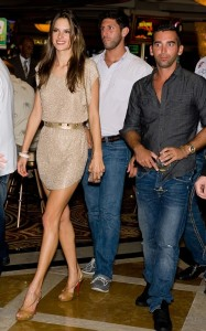 Alessandra Ambrosio arrives at  Dusks one year anniversary party in Atlantic City on June 19th 2010 in New Jersey 3