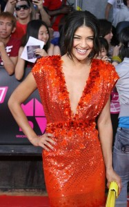 Jessica Szohr arrives on the red carpet of the MuchMusic Video Awards on June 20th 2010 in Toronto Canada 3