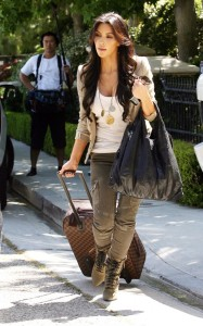Kim Kardashian spotted on June 15th 2010 as she leaves a friends house in a swanky Beverly Hills 5