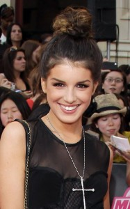 Shenae Grimes attends the MuchMusic Video Awards on June 20th 2010 in Toronto Canada 3
