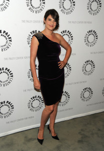 Cobie Smulders arrives at the Paley Center For Media Celebrates How I Met Your Mother 100th Episode on January 7th 2010 in Beverly Hills 4