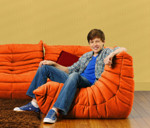The comedy series Melissa and Joey Poster picture of Nick Robinson who stars as Ryder 2