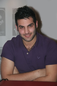 picture of star academy graduate Yahia sweis in Duo trio the radio show with mazen diab 3