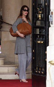 Carla Bruni Sarkozy picture as she was spotted on May 25th 2011at the Ritz hotel in Paris 4