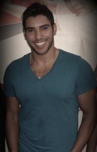 photo of Karim Kamel at Al waym Al Sabe3 wearing a blue tshirt 4