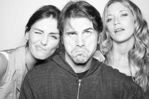 Taylor Cole with Jason Ritter and Sarah Roemer on July 24th 2010 at the NERD Party Comic Con Paddle Jam Photobooth 1