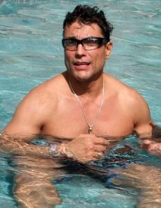 Osvaldo Rios topless photo shoots 4